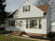 445 Terrace Dr Bedford OH, 44146