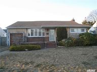 3185 Cherrywood Dr Wantagh NY, 11793