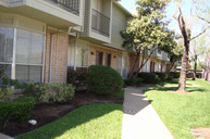 9350 Country Creek Dr #9 Houston TX, 77036