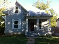 907 W Central Springfield MO, 65802