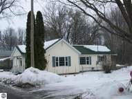 226 Maple Breckenridge MI, 48615