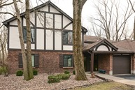 8115 Willow Drive A Palos Hills IL, 60465