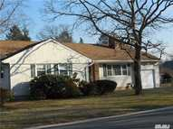 16 Alton Ave Greenlawn NY, 11740