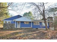 14 Cove Rd Moodus CT, 06469