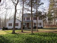 2 Cranwood Rd Ledyard CT, 06339