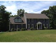 28 Arnold Way Uxbridge MA, 01569