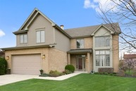 1640 Hillcrest Lane Woodridge IL, 60517