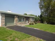2156 Kingswood Ln Broomall PA, 19008