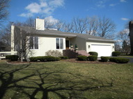 6390 Indianhead Court Indian Head Park IL, 60525