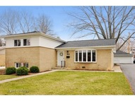 323 South Beverly Lane Mount Prospect IL, 60056