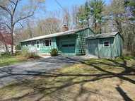 31 Pine River Dr North Kingstown RI, 02852