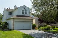 120 Windwatch Dr Hauppauge NY, 11788