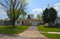 1447 Archmere Square Ct N Columbus OH, 43229