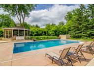 5 Robb Farm Road North Oaks MN, 55127