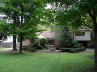 7561 Lewis Rd Olmsted Township OH, 44138