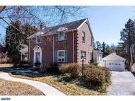 8 Green Valley Rd Wallingford PA, 19086