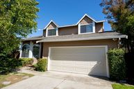 524 Topsail Dr Vallejo CA, 94591