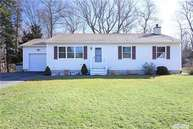 80 W Cliff Rd Wading River NY, 11792
