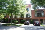 5-05 Schorr Dr #39d College Point NY, 11356