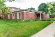 7422 King George Dr Indianapolis IN, 46260