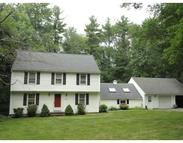 44 Old Farm Rd Sturbridge MA, 01566