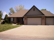 101 Dakota Dr Hutchinson KS, 67502