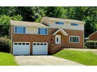 13610 Saint Clair Dr North Huntingdon PA, 15642