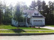 11 University Circle Hooksett NH, 03106