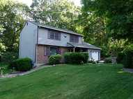 26 Apple House Dr Cranston RI, 02921