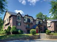 Royal Crest Estates Apartments Nashua NH, 03060