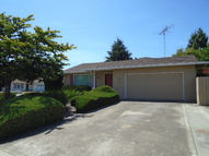500 Woodstock Way Santa Clara CA, 95054