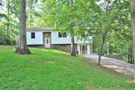 114 Estates Lake Dr Crossville TN, 38571
