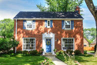2544 N 84th St Wauwatosa WI, 53226
