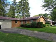 29504 Stewart Dr North Olmsted OH, 44070