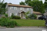 5 Osprey Dr East Patchogue NY, 11772