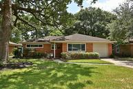 2011 Saxon Dr Houston TX, 77018