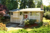 4601 Ne 203rd Ct. Lake Forest Park WA, 98155