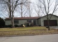 1626 Longwood Dr Sycamore IL, 60178