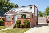4178 West 78th Street Chicago IL, 60652