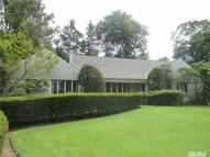265 Gristmill Ln Great Neck NY, 11023