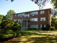 20 Donna Drive B6 New Haven CT, 06513