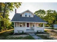 67 Grove St Clinton CT, 06413
