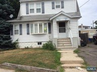214 Crystal St North Arlington NJ, 07031