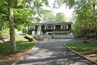 6 Carriage Road Cos Cob CT, 06807