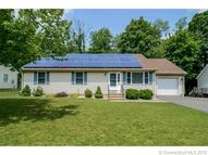 15 Aimee Ln New Britain CT, 06052