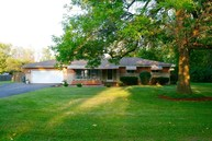 8121 Briarwood Dr Indianapolis IN, 46227
