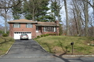 204 Robin Hood Rd Mountainside NJ, 07092