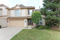 230 West Fox Hill Drive Buffalo Grove IL, 60089