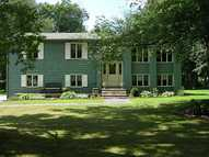 21 Cherrywood Dr Greenville RI, 02828