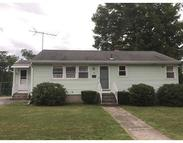 28 Crest Circle Worcester MA, 01603